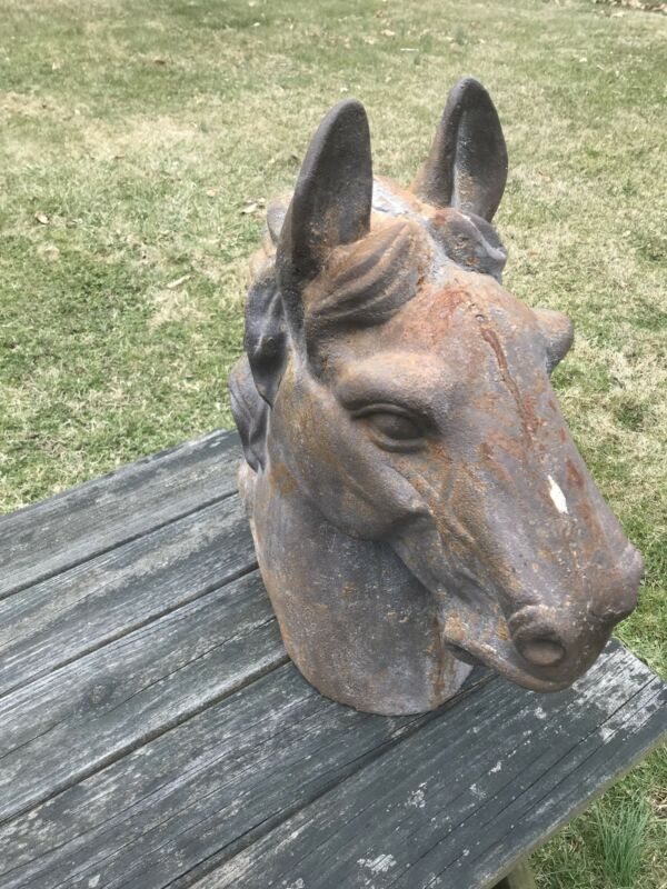 Cast Iron Life Sized Horse Head Kentucky Derby