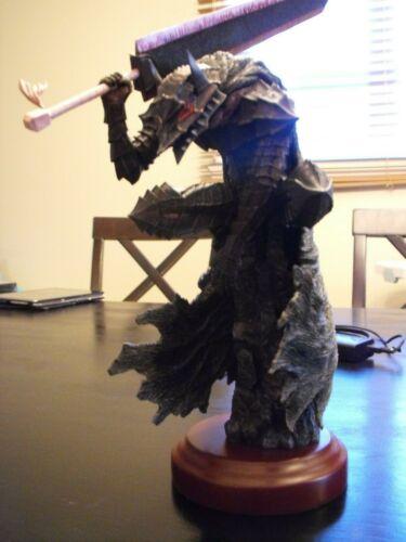 Berserk armored guts gecco headlong painted kit figure statue