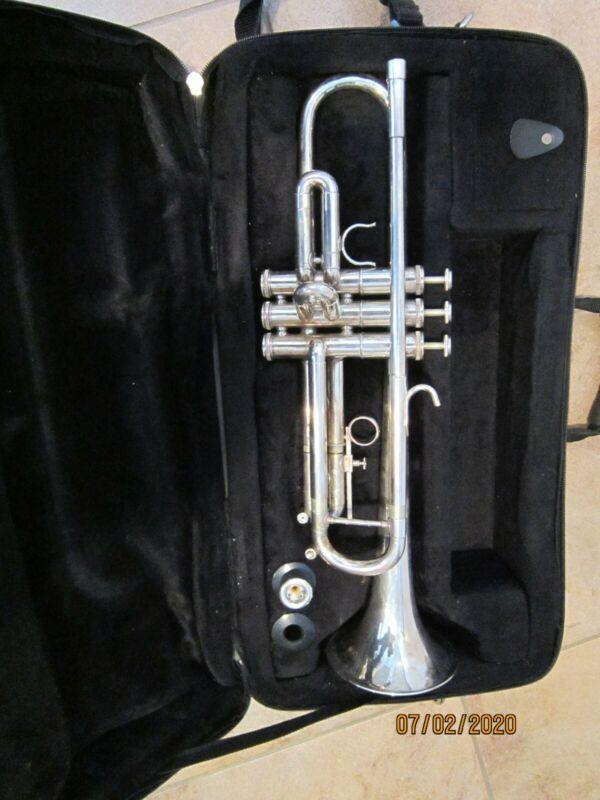 700 SP special by getzen silver trumpet