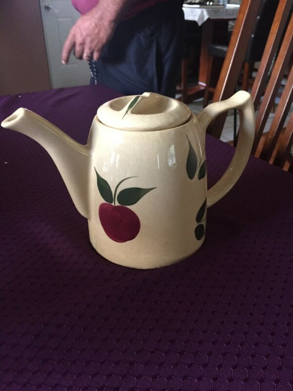 Watt Pottery Apple Tea Pot