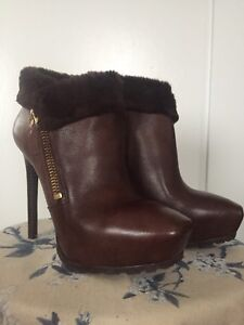 Size 8 Guess Leather Booties (fit more like 7.5)