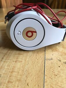 Beats headphones by dr.dre