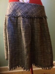 Wicked vintage looking skirt with pockets!!!