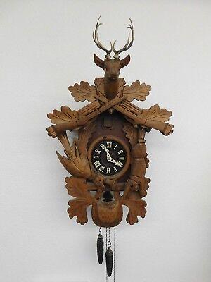 VINTAGE BLACK FOREST CUCKOO CLOCK HUNTING THEME GUN RIFLE RABBIT  - Hunting Cuckoo Clock