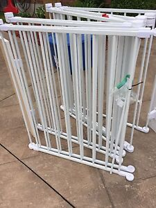 Extra wide baby metal gate/play yard
