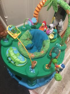Exersaucer for babies and toddlers