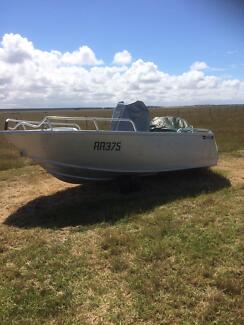 Custom Boat 5m 115hp Suzuki 4-stroke