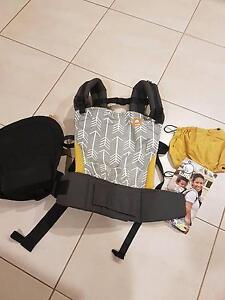 Tula archer baby carrier McLaren Flat Morphett Vale Area Preview