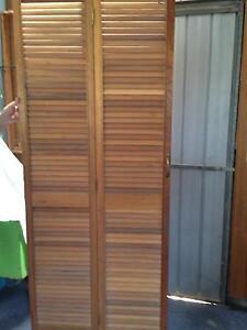 Wooden Bifold door Wallaroo Copper Coast Preview