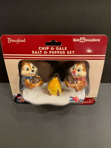 Disney Parks Holiday Chip & Dale Salt & Pepper Shakers Ceramic Figurine Set New