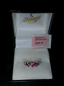 10ct Pink and Diamond Ring South Maitland Maitland Area Preview