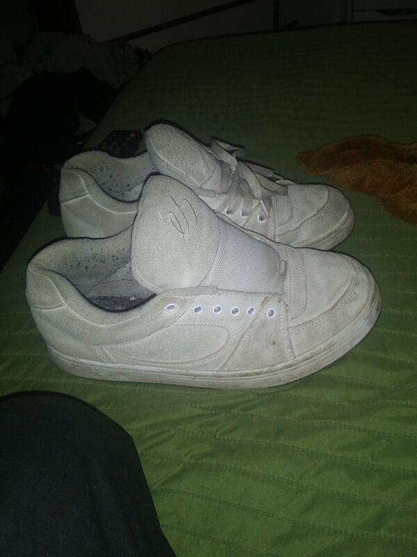 Es Accel OG White Size 10 Pre Owned