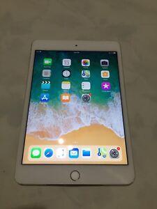 Gold iPad mini 4th Gen 16gb