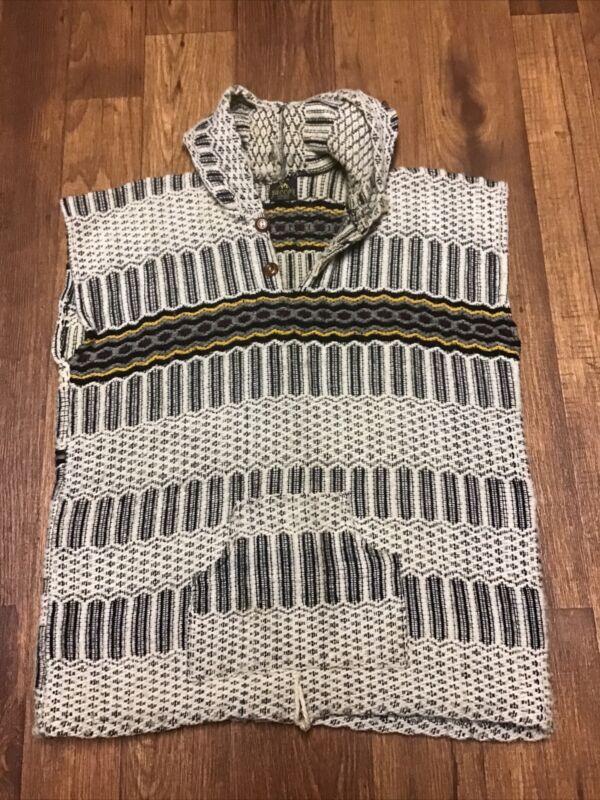 Vintage SACCO Sacco's Handmade 100% Wool Hooded Vest Men's Women's Eagle on back