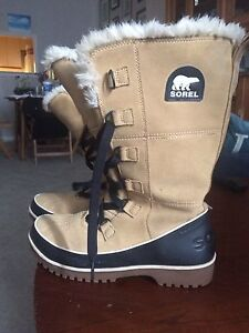Brand new  sorel boots size 10 $90
