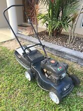 Lawn mower with catcher Trinity Park Cairns Area Preview