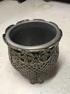 Cache pot + pot
