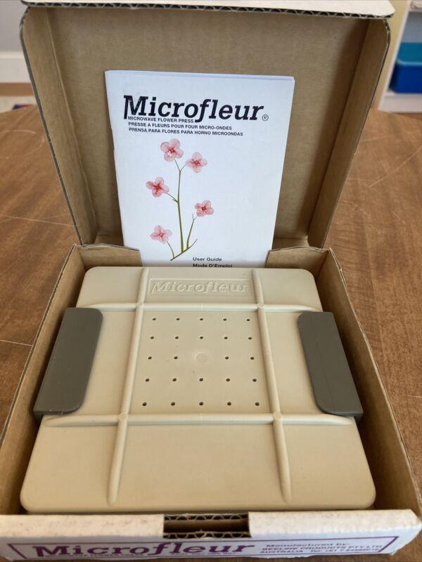 "Microfleur Microwave Flower Press 6"" in box w/ instructions"