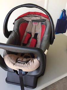 Fisher Price baby capsule Dubbo Dubbo Area Preview