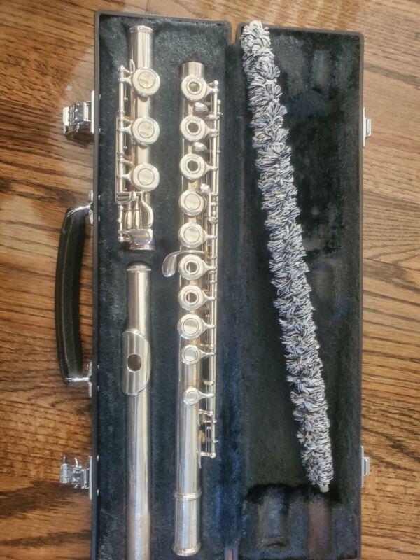 Yamaha Flute 385 -Open Hole, intermediate, silverhead