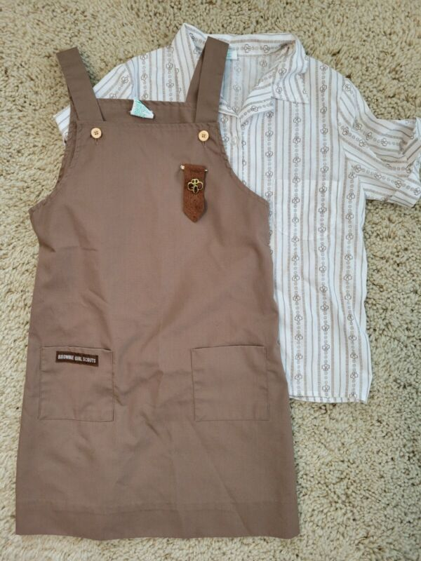 Vintage Brownie Girl Scouts Jumper W/ Short Sleeved Shirt And Brownie Pin Size 8