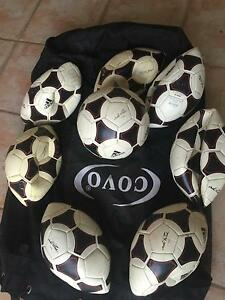 SOCCER BALLS - SIZE 4 (TOTAL OF 8 BALLS PLUS BAG) Sunbury Hume Area Preview