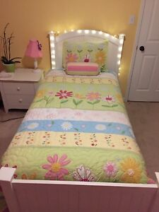 Pottery Barn Girls Single Twin Bedding