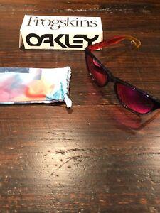 Oakley Frogskin - Purple + Red