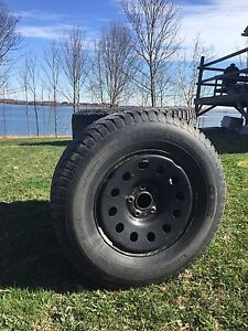 Winter tires 265/70 R17 rims included