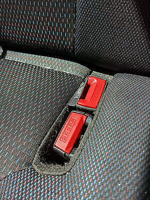 CLIO MK3 CENTRE DOUBLE REAR SEAT BELT BUCKLES RED & RED