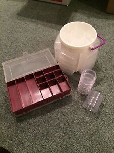 Crafting storage containers