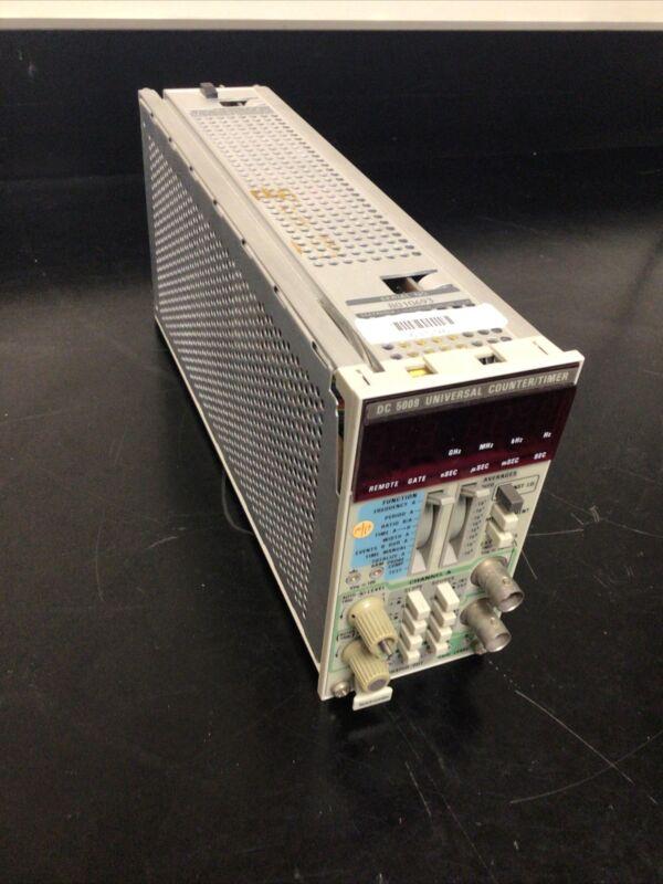 Tektronix DC 5009 UNIVERSAL COUNTER/TIMER