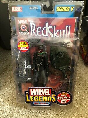 Marvel Legends Red Skull ToyBiz Series 5 w/comic