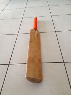 GM Purist Original - cricket bat Pacific Pines Gold Coast City Preview
