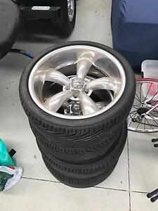 Custom Crome Rim, near new tires 235/35 255/35 Port Melbourne Port Phillip Preview