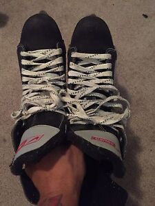Bauer size 11 rollerblades. Need gone. Make offers!