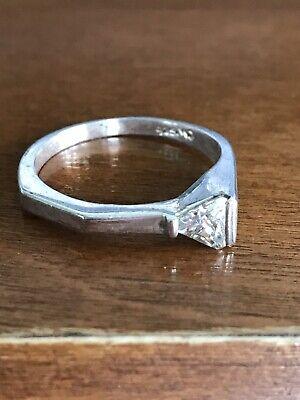 UnIqUE Sterling Silver 925 Ring Size 9 Triangular Stone CZ ?