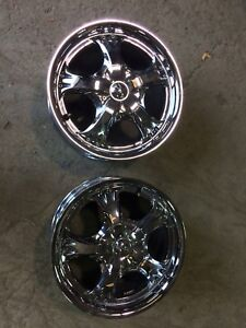 "Have 2 Chrome mustang  NZ 16"" uni-lug rims ."