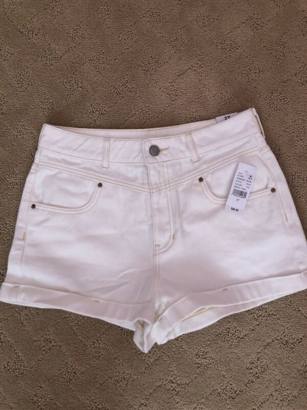 Pacsun White Denim Mom Jean Shorts 27