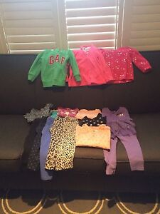 Lot of girls 3T clothing