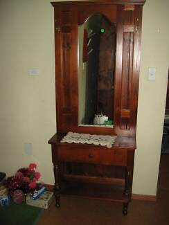 BEAUTIFULLY CRAFTED HALL STAND WITH MIRROR, DRAWER & COAT HOOKS Vineyard Hawkesbury Area Preview