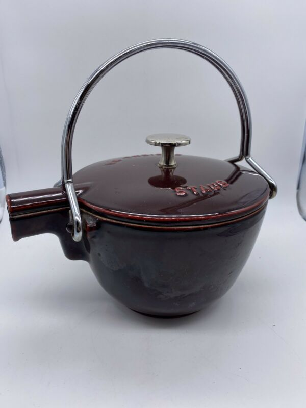 Staub La Theiere Red Enameled Cast Iron Tea Pot Kettle Made In France