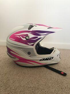 One industries women's motorbike helmet