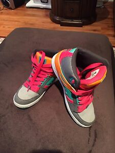 DC girls shoes  Oakville / Halton Region Toronto (GTA) image 2