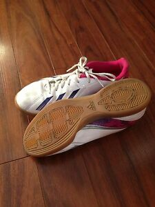 Indoor Adidas Soccer Shoes----sz 7.5 Peterborough Peterborough Area image 2