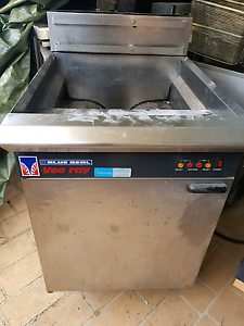 Blue Seal Vee Ray Gas Fryer Good Condition Bankstown Bankstown Area Preview