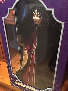 Disney limited edition dolls Mango Hill Pine Rivers Area Preview
