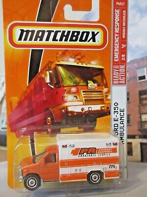 Matchbox 2009 Emergency Response #55 08 Ford Ambulance Orange 1/64 scale diecast