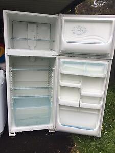 450litreWestinghouse Fridge Freezer Kingston Kingborough Area Preview