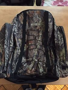Redhead large hunting backpack with hydration